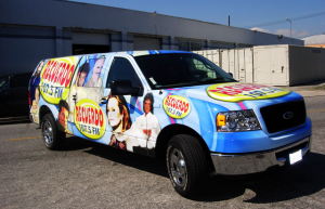 Recuerdo Radio Vehicle Wrap